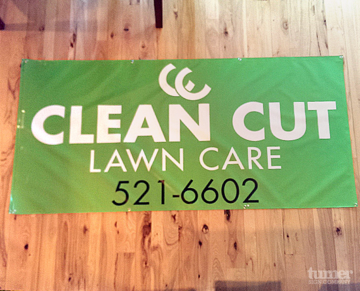 Green Outdoor Lawncare Banner